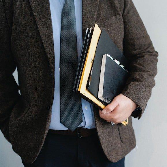 1 evas closet basic career services package